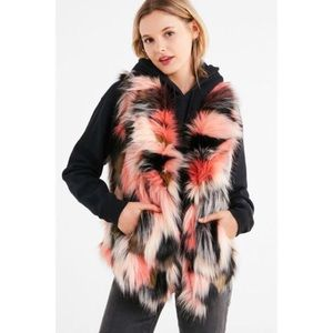 Faux Fur Collared Multicolored Vest